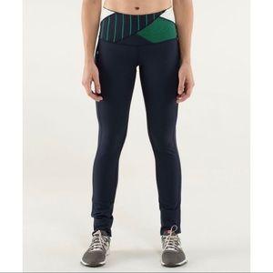 🦄 RARE Lululemon Legging Size 6 Pants Inkwell